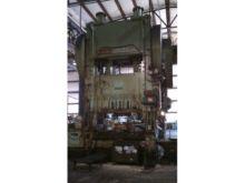 """500 ton Niagara 72""""x54"""" Used St"""