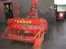 Used Taarup 404 in B