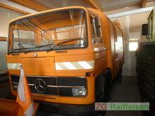 Mercedes-Benz LKW Kehrmaschine
