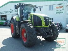 Used Claas Axion 930