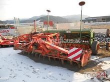 2006 Kuhn HRB 402 / AMAZONE D8-