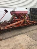 Kuhn Rotary harrow w. Accord dr