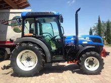2014 New Holland T4. 75V