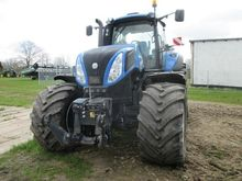 2012 New Holland T 8.390