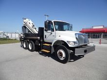 2004 International 7400 Knuckle