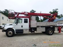 2004 International 4300 Elliott