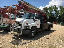 2005 GMC C7500 Skyhook 65ft wit
