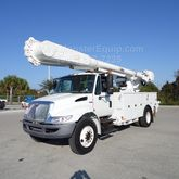 2009 International 4300 Altec A