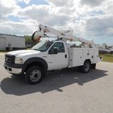 2006 Ford F550 Altec 42Ft Bucke