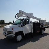 2006 GMC C5500 Flatbed Altec 42