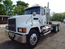 Used 2001 Mack in Mi
