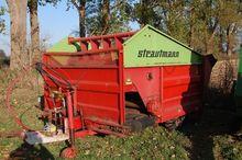 Futtermischwagen  Strautmann Ty