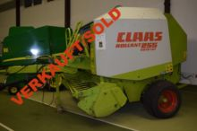 2002 Claas Rollant 255 RC #P012
