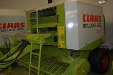 2002 Claas  Rollant 255 RC #P02