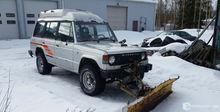 Mitsubishi Pajero snowplough