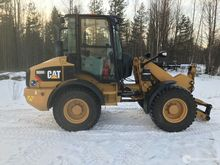 LITTLE USED WHEEL LOADER CATERP