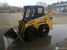 Used Gehl 4240 skid