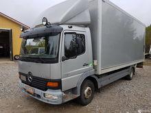 2000 Mercedes-Benz Ateco 817
