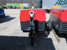 2016 CHI PNEUMATIC 185CPS