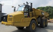 2014 CATERPILLAR 3 axles