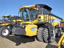 Used 2009 HOLLAND CR