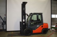 Used Toyota 52-8FDJF35 Forklift for sale in Belgium | Machinio