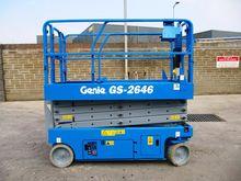 2005 Genie GS-2646 Battery Scis