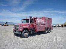 1979 FORD LT8000 T/A Fuel & Lub