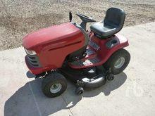 CRAFTSMAN 944 Garden Tractor