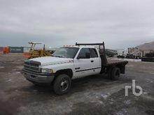 2000 DODGE 3500 Extended Cab 4x