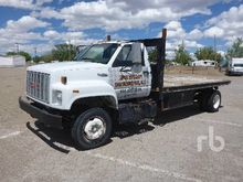 1995 GMC TOP KICK 4x2 Flatbed T