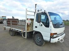 2001 ISUZU NPR300 4x2 Table Top