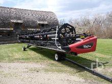 2014 MACDON D65-S 35 Ft Draper