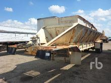 1988 RED RIVER TRAILERS 34 Ft T