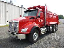 2016 KENWORTH T880 Dump Truck (