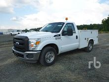 2012 FORD F250 XL S/A Utility T