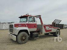 1991 FORD L8000 S/A Tow Trucks