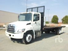 2015 HINO 268 S/A Flatbed Truck