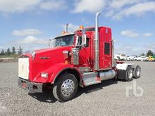 2011 KENWORTH T800 T/A Sleeper