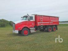 1999 KENWORTH T800 Grain Truck