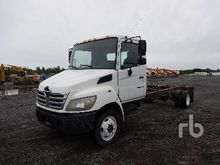 2006 HINO 165 S/A Cab & Chassis