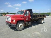 1994 FORD F700 S/A Dump Truck (