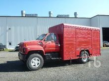 1992 GMC 7500 6 Bay Beverage Tr