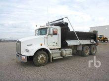 1996 KENWORTH T800B Dump Truck