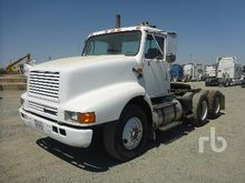1995 INTERNATIONAL 8200 6x4 Tru