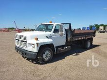 1993 FORD F700 S/A Dump Truck (
