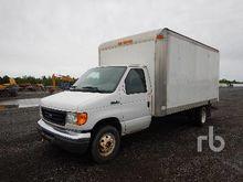 2006 FORD E450 S/A Cube Van Tru