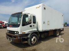 2005 GMC T7500 COE S/A Van Truc