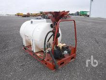 DITCH WITCH MM5 325 Gallon Skid