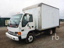 2000 GMC W3500 S/A Van Truck